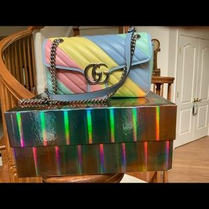 GUCCI GG MARMONT SMALL CHEVRON PASTEL SHOULDER BAG